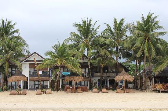 The Beach House Boracay: Вид на отель