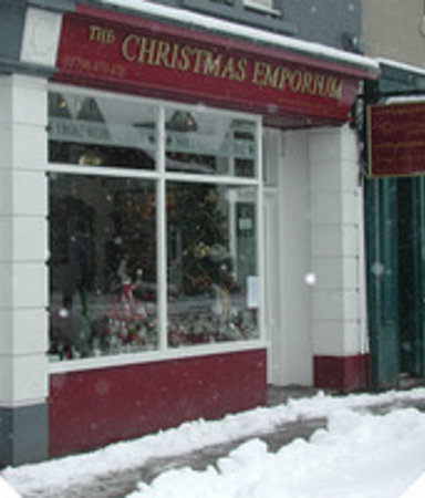 ‪The Christmas Emporium‬