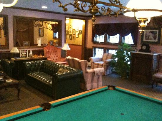 Inn at Water's Edge: One side of Living Room