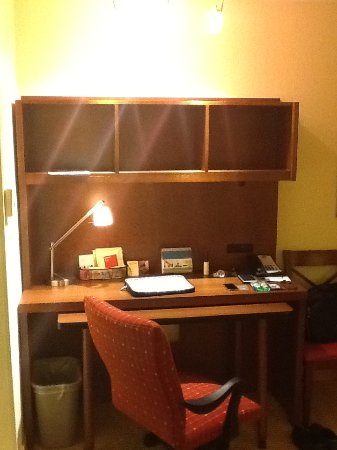 TownePlace Suites Tucson Airport: Work Station