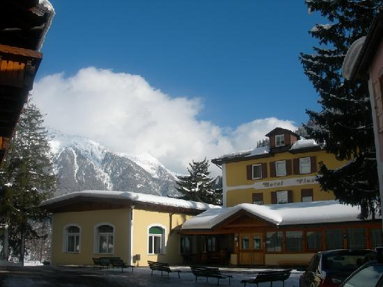 Hotel Vioz: esterno hotel