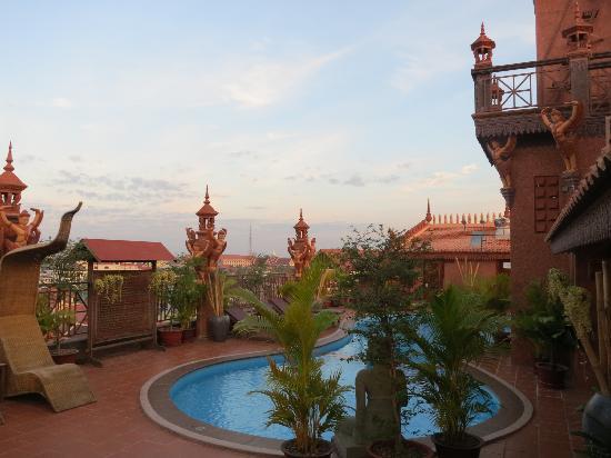 Okay 1 Villa: pool on roof top