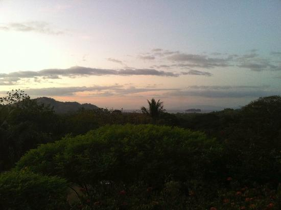 Rancho Armadillo Estate: Looking out to Playa de Coco at sunset