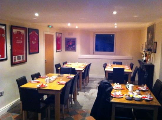The Anfield B&B: breakfast in a superb atmosphere