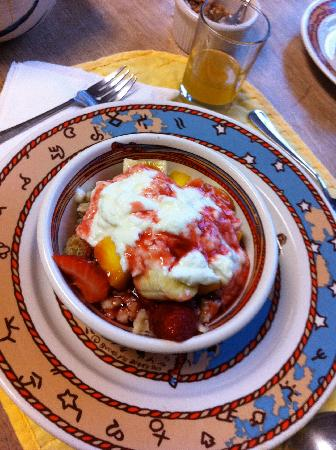 A Bed and Breakfast On Fairmount: Granola with everything!