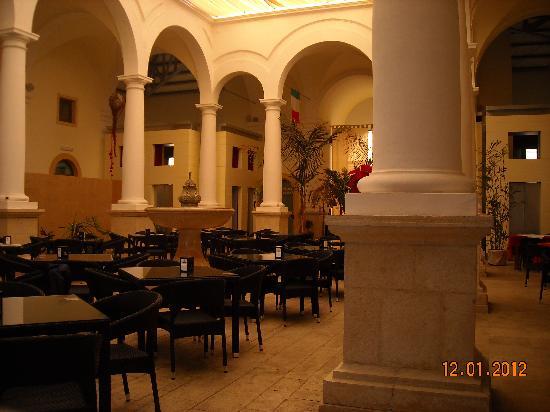 Il Mercato: interno del ristorante