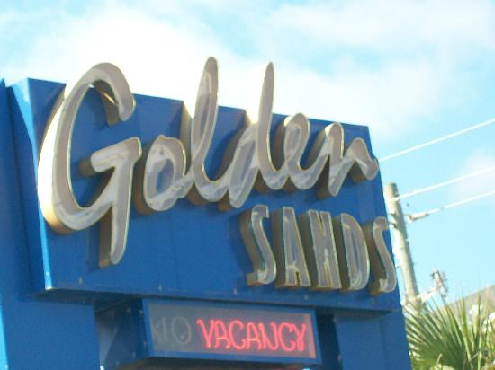 Golden Sands: hotel sign