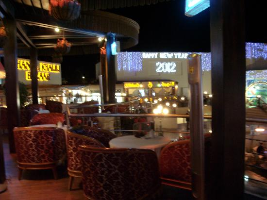Savoy Sharm El Sheikh: Salon du The view over Shisha Lounge - Soho Square