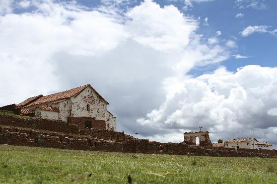 La Casa de Barro Lodge & Restaurant : Church in Chinchero