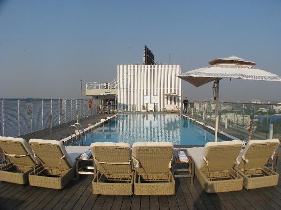 Swimming Pool Picture Of Fortune Select Metropolitan Jaipur Tripadvisor