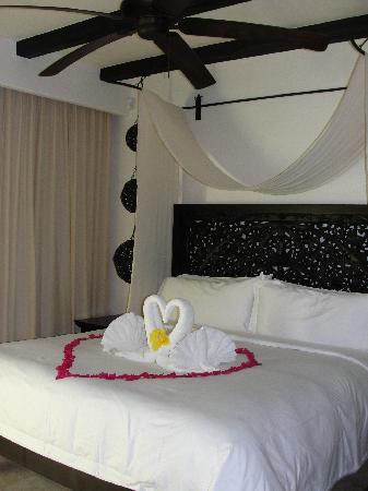 Cabo Azul Resort: Our room