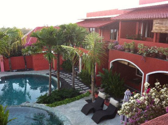 พิงค์ โกโก้ บาหลี โฮเต็ล: the view from our balcony