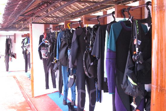 Kasai Village Dive & Spa Resort: Dive Shop