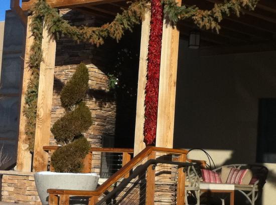 Four Seasons Resort Rancho Encantado Santa Fe Pinan Christmas Decorations At Hotel S Entrance