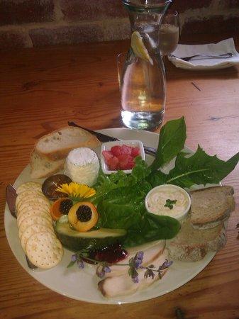 Oranje Tractor  wine: platter at oranje tractor wine