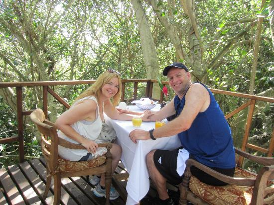 Isla de Frigate, Seychelles: Breakfast up in a tree house