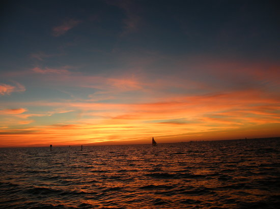 Sunset Grill at Little Harbor: Sunset over Tampa Bay.