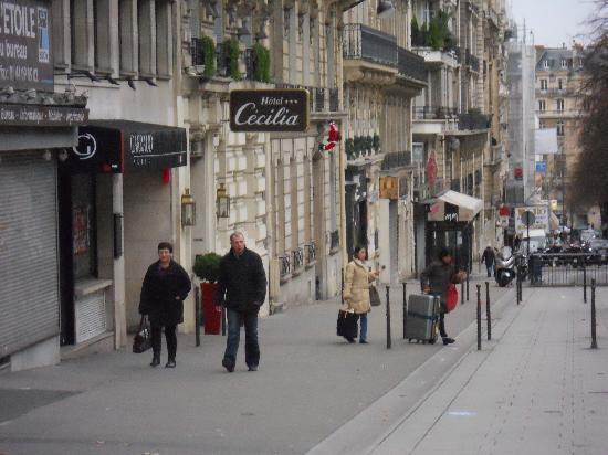 Hotel Cecilia Arc De Triomphe: AVENUE MAC MAHON