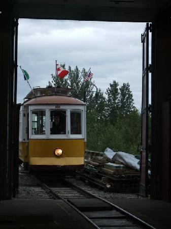 Waterfront Trolley: The Trolley entering the Roundhouse