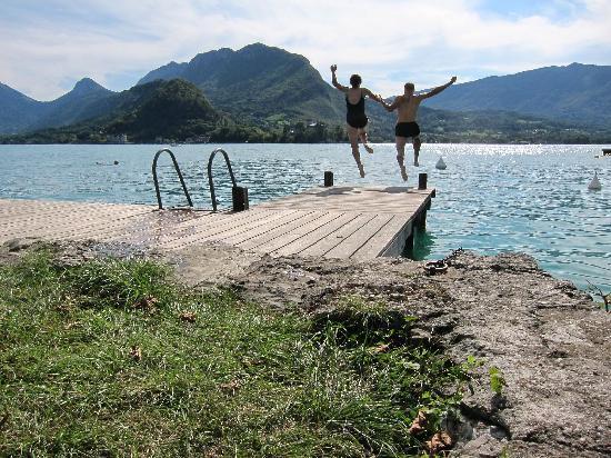 Talloires, Francia: nice swimming