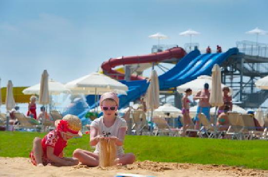 Louis Phaethon Beach: Outdoor photo