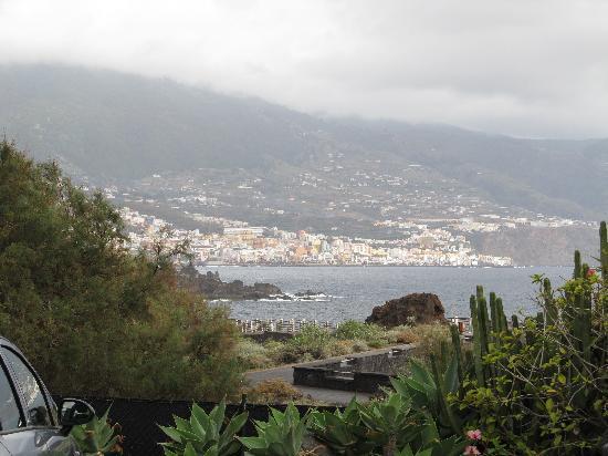 H10 Taburiente Playa: Santa Cruz from hotel