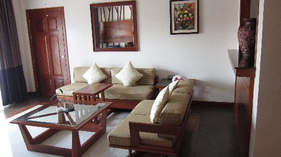 Angkor Miracle Resort & Spa: The living room