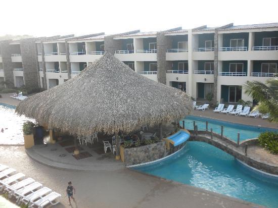 Hotel Kokobay: bar de la piscine