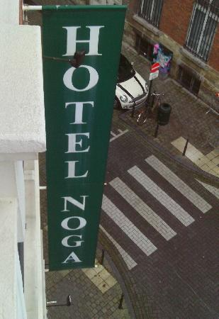 Hotel Noga Brussels: The sign from our room.