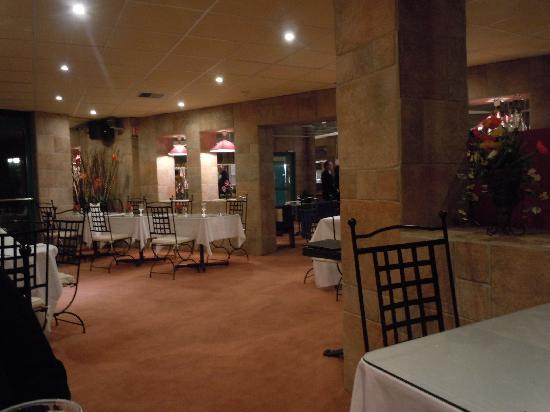 Media Garden Hotel: La salle du restaurant