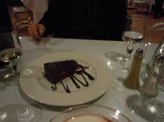 Media Garden Hotel: Le gâteau au chocolat
