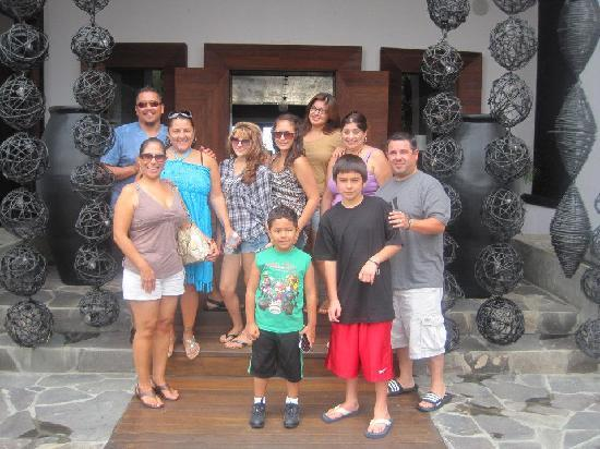 Cabo Azul Resort: The whole bunch in front of Javier's