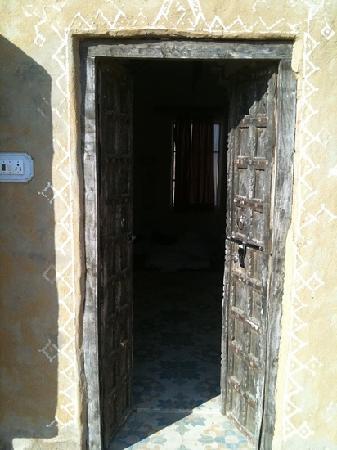 Kuldhara Heritage Resort: room entrance.