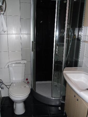 Preferred Hotel Old City: bathroom