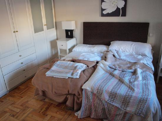 Apartamentos Mayor Centro : a bedroom - superior apartment with terrace