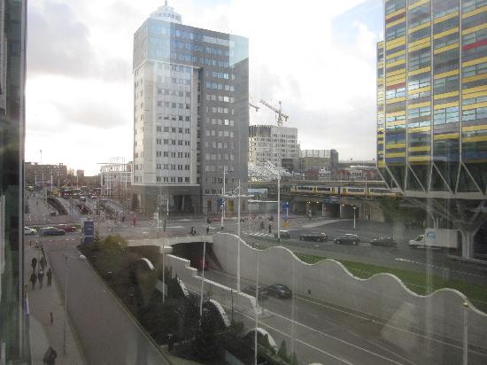 Tulip Inn Leiden Centre: vistas a la estación de tren