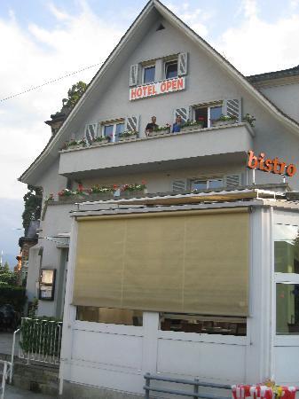 Hotel Restaurant Spatz: Hotel Exterior