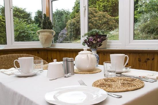 Beech Hill House: The conservatory dining room
