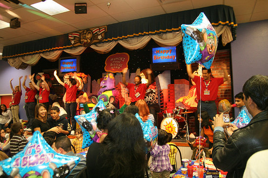 Chuck E Cheese S Edison Photos Amp Restaurant Reviews