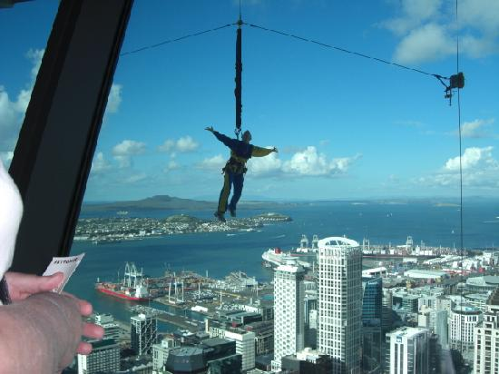 Best Western President Hotel Auckland: Bungee Jumping
