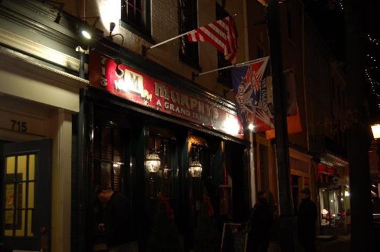 Murphy's Grand Irish Pub: King Street view