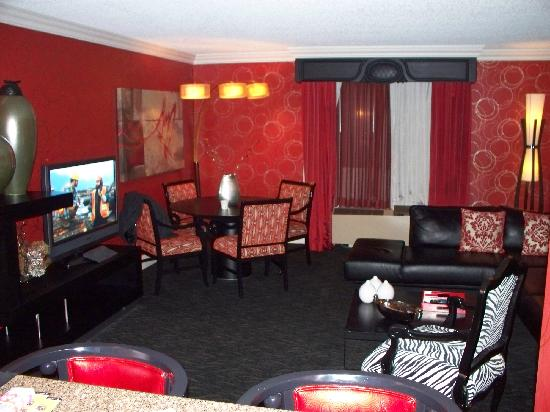 Golden Nugget Hotel U0026 Casino: Dining Area   Scarlet Suite