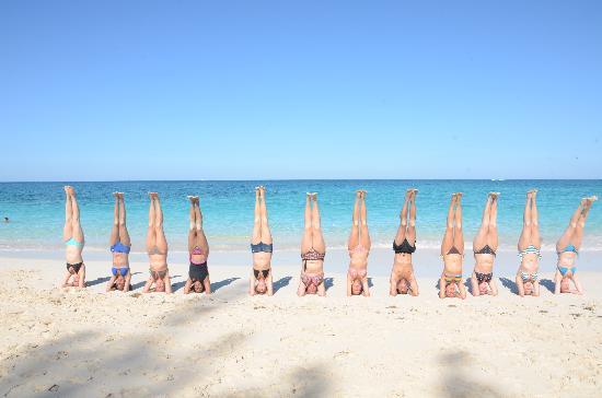 Sivananda Ashram Yoga Retreat: TTC Grad's-Beach Sirshasan