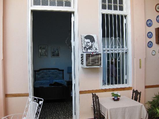 Hostal Autentica Pergola: our room