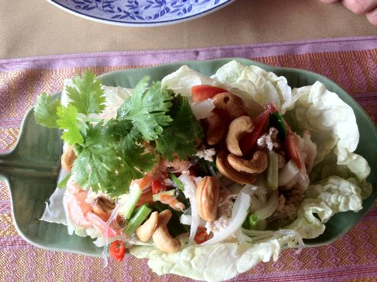 Motherhouse Bar- Restaurant: prawn salad
