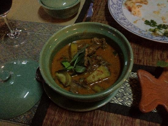 Motherhouse Bar- Restaurant: red curry