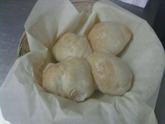 Eagle Nest, New Mexiko: HOMEADE YEAST ROLLS