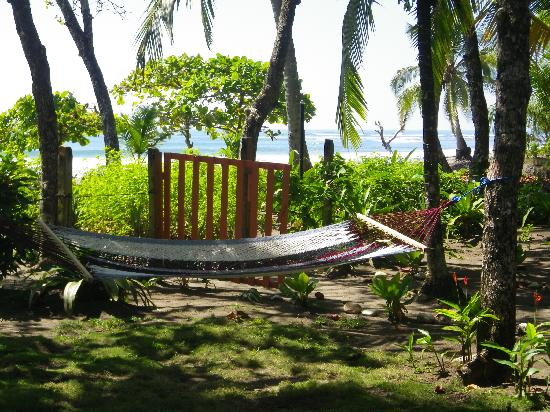 Hotel Rancho Coral: Seaside hammocks!!!!