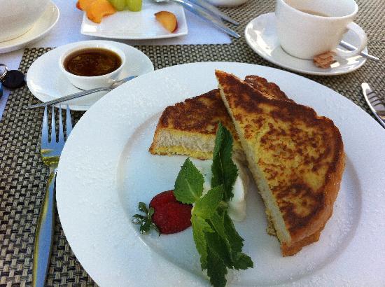 Villa Afrikana Guest Suites: my favorite breakfast