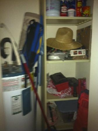 Maui Banyan Condos: Messy personal belongings in the closet